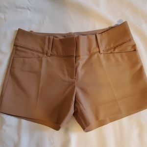 Women's Limited Khaki Shorts Size 2P